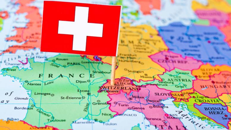 Permesso per lavorare in svizzera cittadinanza italiana for Lavoro per architetti in svizzera